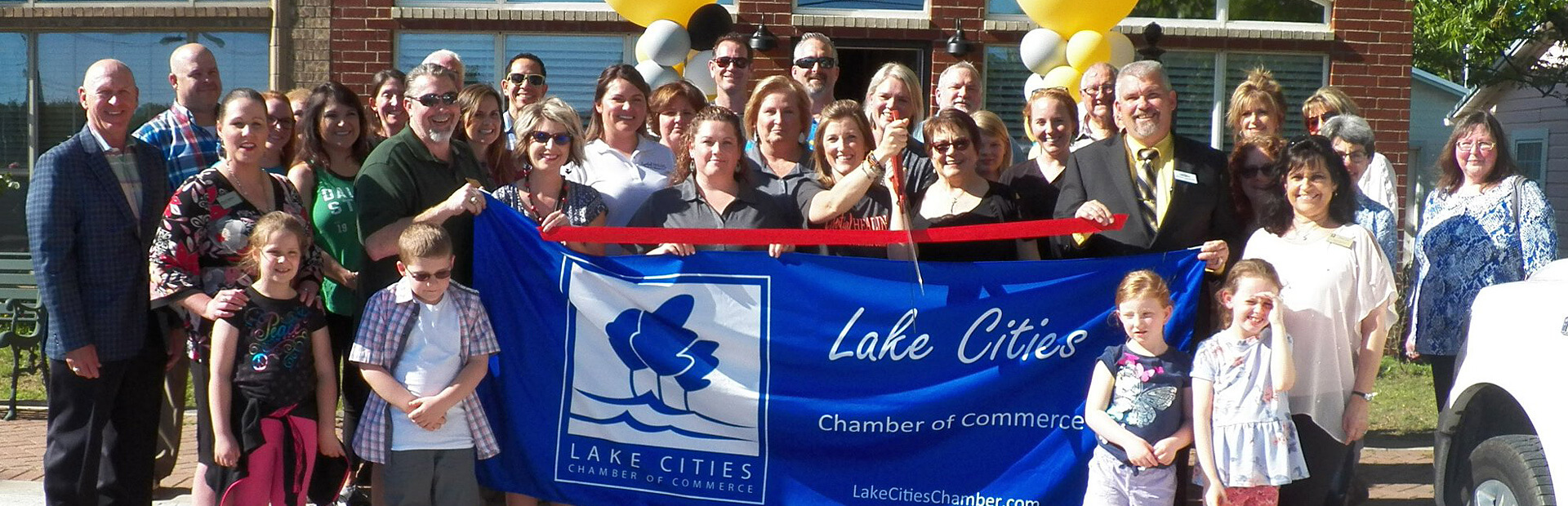 Lake Cities Chamber of Commerce | Ribbon Cutting